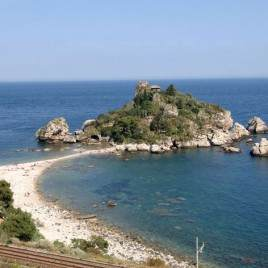 spiaggia isola bella
